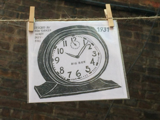 clothesline clock